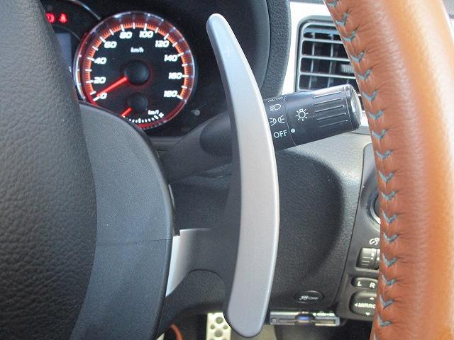 2.5iアイサイト 4WD タイミングチェーン フリップダウンモニター プッシュスタート バックカメラ SDナビ地デジ ETC シートヒーター 横滑り防止装置 サイド・カーテンエアバッグ オートライト 純正17インチAW(40枚目)