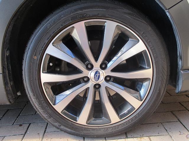 2.5iアイサイト 4WD タイミングチェーン フリップダウンモニター プッシュスタート バックカメラ SDナビ地デジ ETC シートヒーター 横滑り防止装置 サイド・カーテンエアバッグ オートライト 純正17インチAW(46枚目)