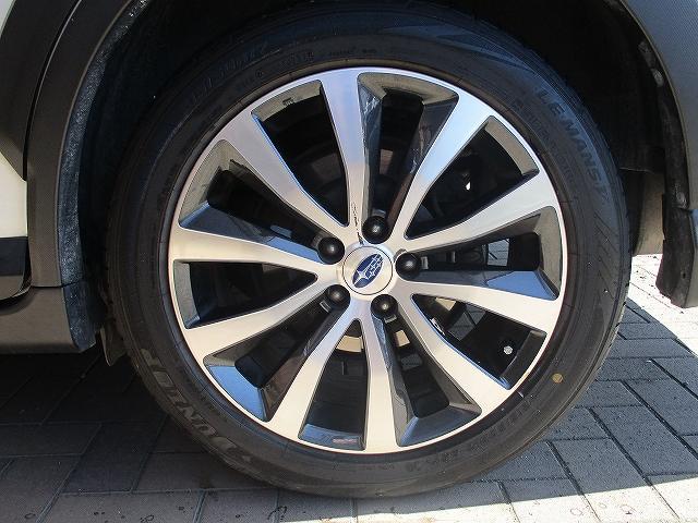 2.5iアイサイト 4WD タイミングチェーン フリップダウンモニター プッシュスタート バックカメラ SDナビ地デジ ETC シートヒーター 横滑り防止装置 サイド・カーテンエアバッグ オートライト 純正17インチAW(49枚目)