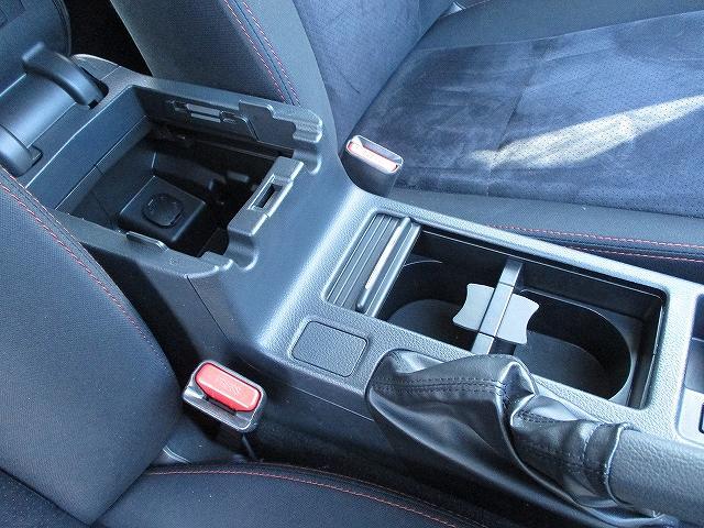 2.0i-Sリミテッド STIフロント・サイドリップスポイラー バックカメラ 電動シート パドルシフト デュアルフルオートエアコン キーレスエントリー 横滑り防止装置 ABS オートライト フォグランプ 純正17インチAW(39枚目)
