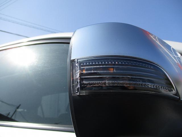 2.0i-Sリミテッド STIフロント・サイドリップスポイラー バックカメラ 電動シート パドルシフト デュアルフルオートエアコン キーレスエントリー 横滑り防止装置 ABS オートライト フォグランプ 純正17インチAW(45枚目)