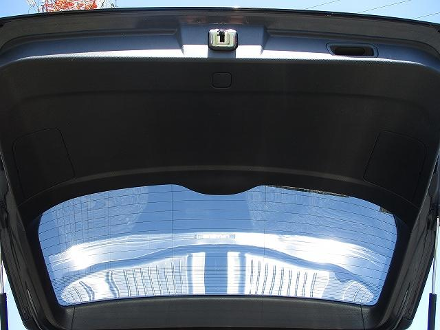 2.5iアイサイト Sパッケージ 4WD BIGX8インチモニターHDDナビ フルレザーシート プッシュスタート バックカメラ シートヒーター 両側電動シート 盗難防止装置 横滑り防止装置 追従機能付クルーズコントロール HID 後期(32枚目)