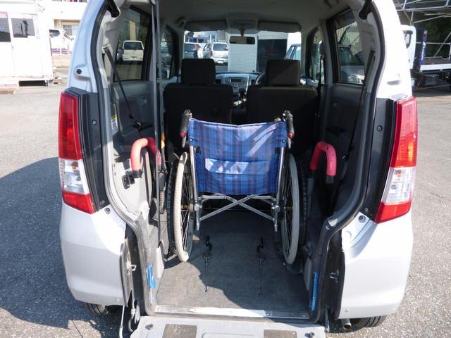 マツダ AZワゴン XGスローパー車椅子移動車キーレス4人乗りリアシート脱着可能