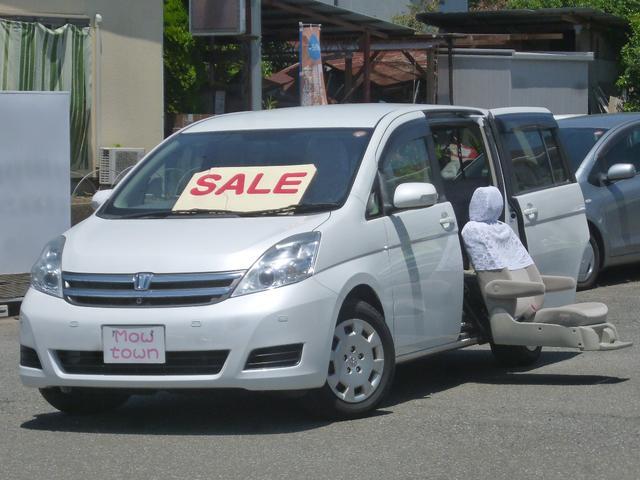 トヨタ アイシス LナビFRカメラETCサイドリフトアップシート車パノラマA