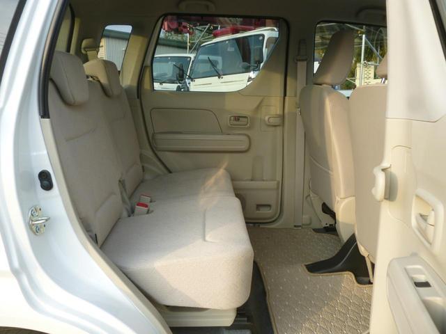 FA パールカラー フロア5速マニュアル キーレスエントリ- リアプライバシーガラス デュアルエアバック ABS 横滑り防止装置付き(17枚目)