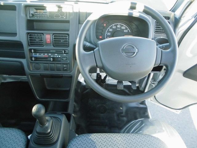日産 NT100クリッパートラック DX ラジオ