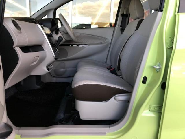 助手席側には小物入れなどの多彩な収納が設置されています!常備品に加え、その都度必要なものを入れて自分仕様にアレンジしてください☆