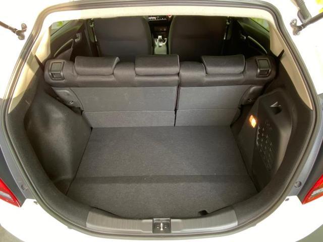 ハイブリッド・F 純正 7インチ メモリーナビ/ETC/EBD付ABS/横滑り防止装置/アイドリングストップ/エアバッグ 運転席/エアバッグ 助手席/パワーウインドウ/キーレスエントリー/オートエアコン ワンオーナー(8枚目)