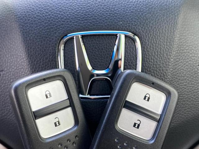 13G・F 純正 7インチ メモリーナビ/ETC/EBD付ABS/横滑り防止装置/アイドリングストップ/エアバッグ 運転席/エアバッグ 助手席/パワーウインドウ/キーレスエントリー/オートエアコン ワンオーナー(18枚目)