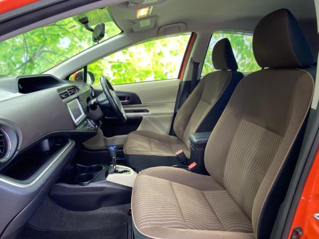 G 純正 HDDナビ/ETC/EBD付ABS/横滑り防止装置/アイドリングストップ/クルーズコントロール/TV/エアバッグ 運転席/エアバッグ 助手席/アルミホイール/パワーウインドウ/キーレスエントリー(6枚目)