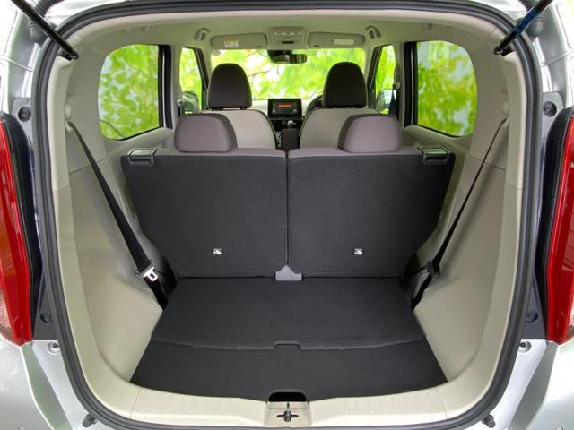 M E-アシスト/コーナーセンサー/シートヒーター/キーレス/アイドリングストップ/EBD付ABS/横滑り防止装置/エアバッグ 運転席/エアバッグ 助手席/エアバッグ サイド/パワーウインドウ(8枚目)