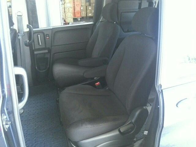 ホンダ フリード 1500 G ジャストセレクション 5ドア DCVT 2WD 7