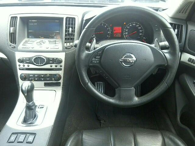 3500 350GT タイプSP 4ドア 5FAT 2WD 5人(8枚目)