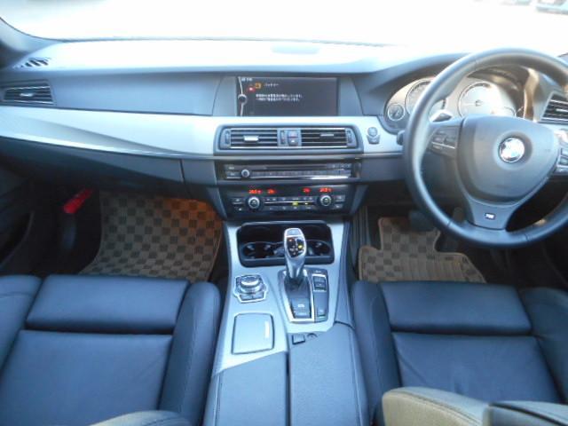 BMW BMW 523iツーリングMスポーツPKG