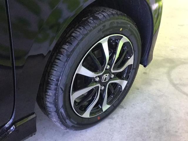 L・ホンダセンシング クルーズコントロール エンジンスタートボタン オートライト 衝突被害軽減ブレーキ 車線逸脱防止支援システム ヘッドランプ LED 横滑り防止装置 アイドリングストップ アルミホイール 純正 14インチ(17枚目)