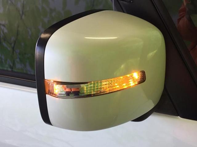 XS 社外 7インチ HDDナビ/ヘッドランプ HID/ETC/EBD付ABS/アイドリングストップ/エアバッグ 運転席/エアバッグ 助手席/アルミホイール/パワーウインドウ/キーレスエントリー(18枚目)