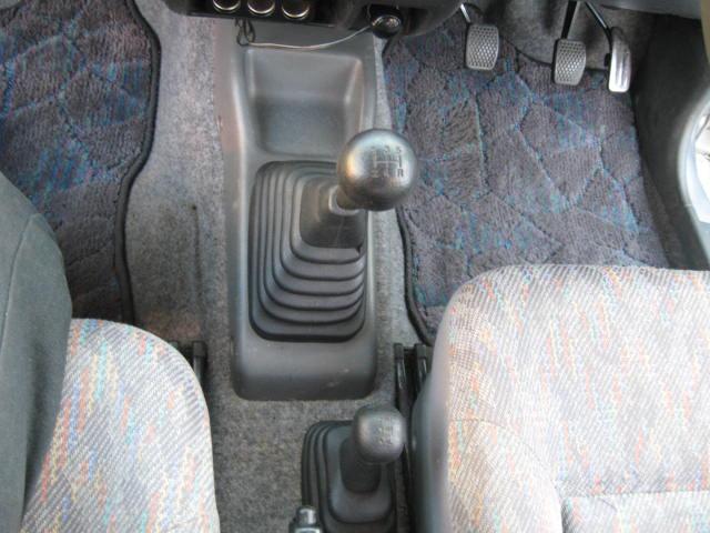 XL 4WD MT5 ナビ ETC アルミホイル PS PW ABS エアバッグ タイミングチェーン(13枚目)