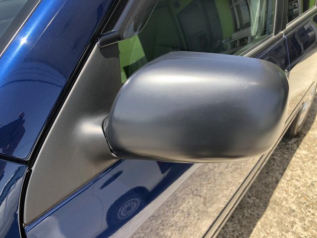 UL Xパッケージ ワンオーナー 5速マニュアル 走行28100km台 全席パワーウインドウ 電動格納ミラー 純正キーレス 間欠調整ワイパー プライバシーガラス ヘッドライトレベライザー シートリフター センターテーブル(17枚目)