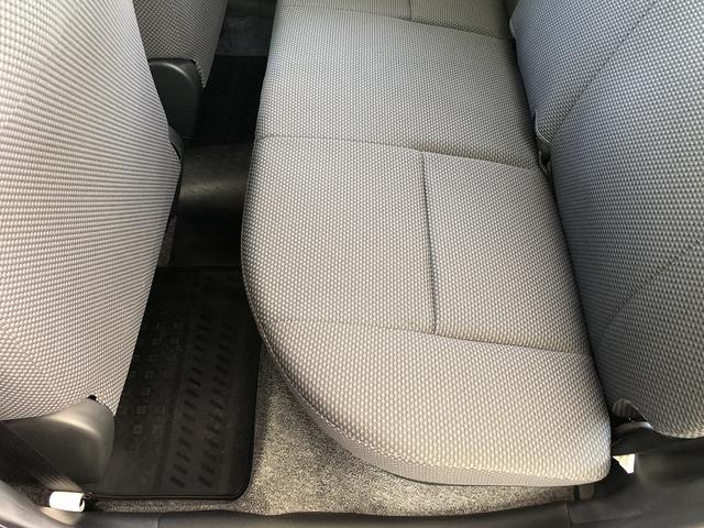 UL Xパッケージ ワンオーナー 5速マニュアル 走行28100km台 全席パワーウインドウ 電動格納ミラー 純正キーレス 間欠調整ワイパー プライバシーガラス ヘッドライトレベライザー シートリフター センターテーブル(67枚目)