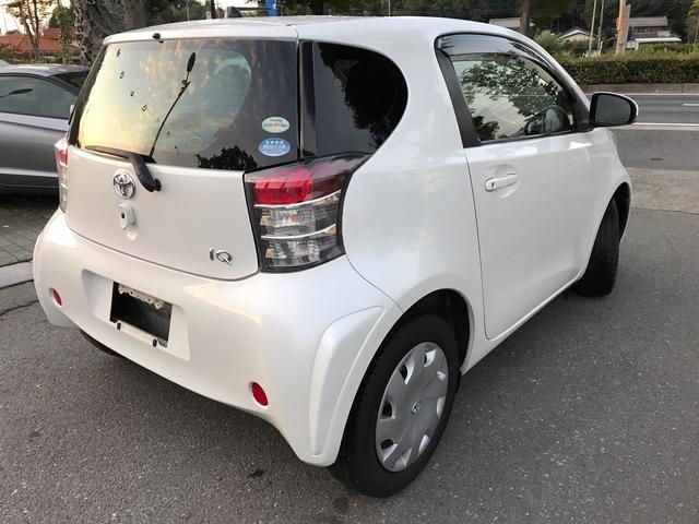 トヨタ iQ 100X