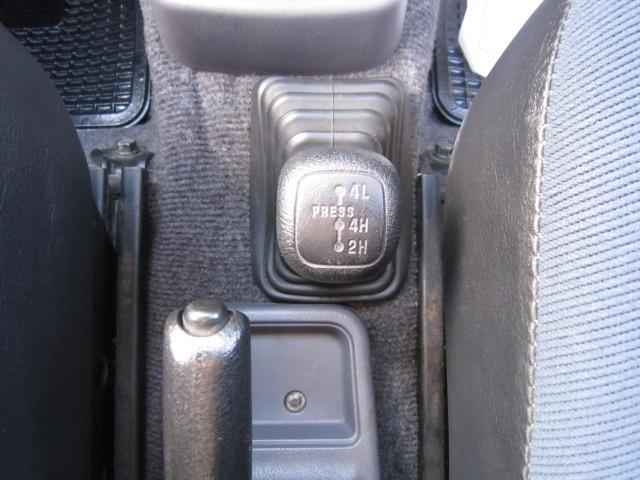XR-II 4WD 5MT エアコン パワステ ルーフレール(18枚目)