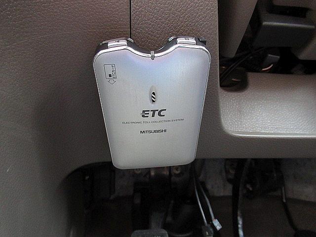 日産 ノート 15S Vパッケージ ナビ ETC インテリキー HID