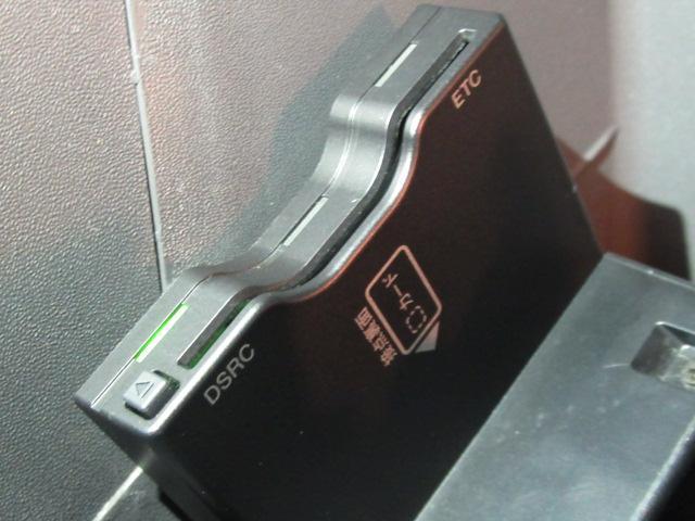 フォルクスワーゲン VW ゴルフトゥーラン TSI ハイライン 後席TV ナビBカメラ クルコン ETC