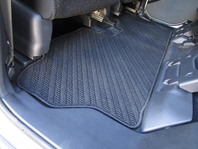 Gターボ SAIII 禁煙車 衝突軽減ブレーキ 両側電動スライドドア 純正SDナビ バックカメラ フルセグTV Bluetoothオーディオ ミュージックサーバー オートハイビーム クルーズコントロール(39枚目)
