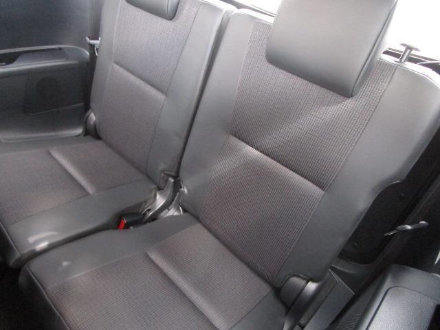 G クエロ 禁煙車 StradaSDナビ フルセグTV走行中視聴可 バックカメラ 衝突軽減ブレーキ LEDヘッドライト フォグランプ 両側電動スライドドア Bluetoothオーディオ ハーフレザーシート(16枚目)