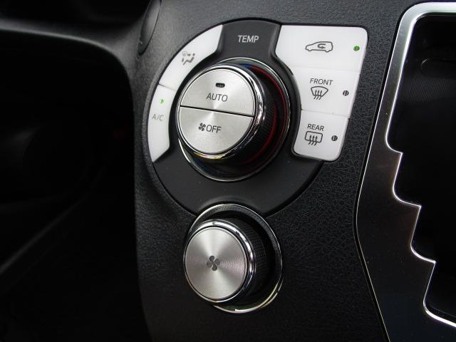 G クエロ 禁煙車 StradaSDナビ フルセグTV走行中視聴可 バックカメラ 衝突軽減ブレーキ LEDヘッドライト フォグランプ 両側電動スライドドア Bluetoothオーディオ ハーフレザーシート(31枚目)