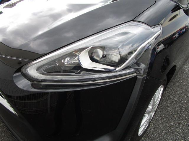 G クエロ 禁煙車 StradaSDナビ フルセグTV走行中視聴可 バックカメラ 衝突軽減ブレーキ LEDヘッドライト フォグランプ 両側電動スライドドア Bluetoothオーディオ ハーフレザーシート(42枚目)