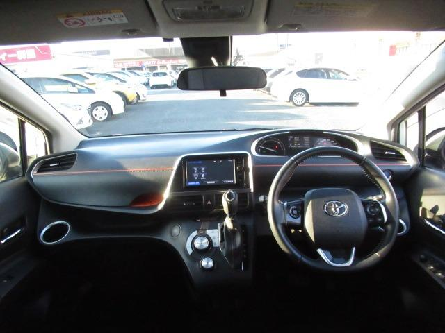 ハイブリッドG 禁煙車 衝突軽減ブレーキ LEDヘッドライト フォグランプ 両側電動スライドドア 純正SDナビ フルセグTV走行中視聴可 バックカメラ ETC Bluetoothオーディオ シートヒーター(9枚目)