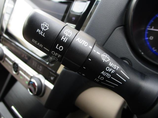 リミテッド 禁煙車 純正大型SDナビ アイサイトVer3 サンルーフ ホイールアーチトリム 全席シートヒーター 電動リアゲート LEDヘッドライト バックカメラ フルセグTV ETC(31枚目)