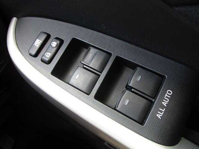 S 禁煙車 純正HDDナビ フルセグTV走行中視聴可 ETC バックカメラ Bluetoothオーディオ DVD再生 HIDヘッドライト(27枚目)