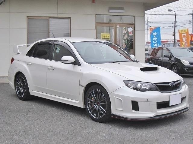 WRX STi スペックC 18インチ仕様 ナビ フルセグ(4枚目)