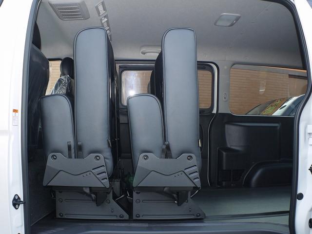 4WD DプライムII 8人乗り フルフラット 寒冷地仕様(7枚目)