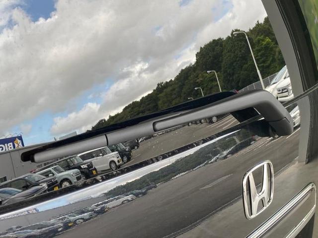 Lホンダセンシング 衝突安全装置 車線逸脱防止支援システム パーキングアシスト バックガイド ヘッドランプ LED ETC アイドリングストップ AW純正14インチ オートエアコン キーレス シートヒーター 前席(18枚目)