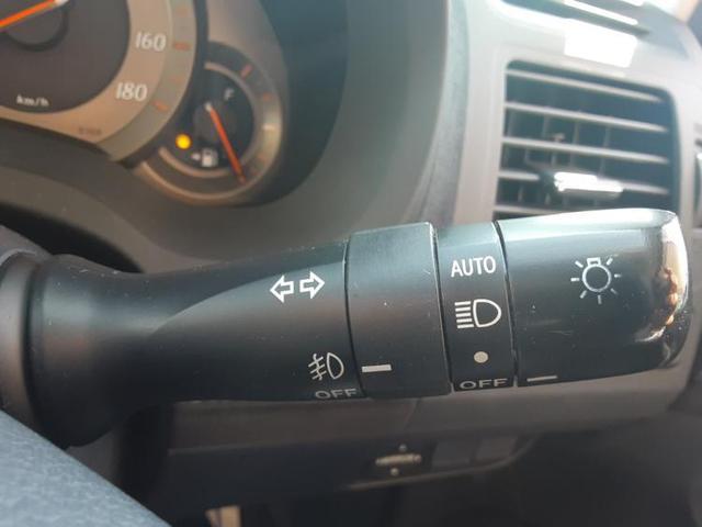 G 純正 HDDナビ/シート ハーフレザー/ヘッドランプ HID/EBD付ABS/横滑り防止装置/エアバッグ 運転席/エアバッグ 助手席/エアバッグ サイド/アルミホイール/パワーウインドウ ワンオーナー(15枚目)
