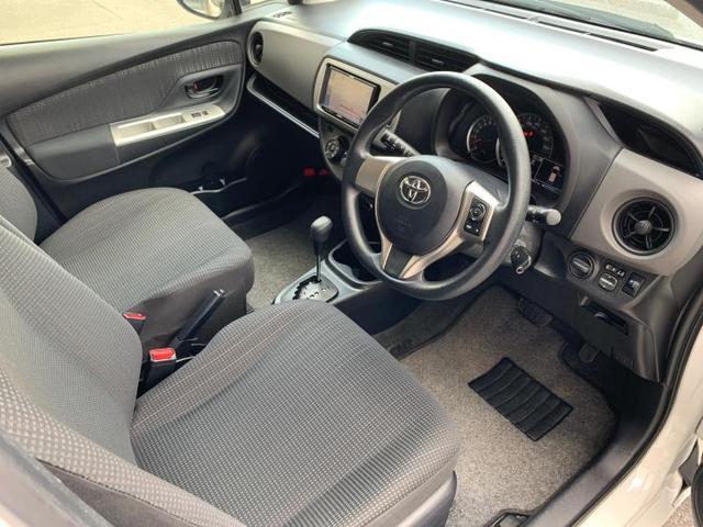 F EBD付ABS/エアバッグ 運転席/エアバッグ 助手席/パワーウインドウ/キーレスエントリー/パワーステアリング/FF/マニュアルエアコン(5枚目)