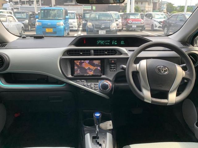 S 社外 7インチ HDDナビ/ETC/EBD付ABS/横滑り防止装置/アイドリングストップ/TV/エアバッグ 運転席/エアバッグ 助手席/パワーウインドウ/キーレスエントリー/オートエアコン 記録簿(4枚目)