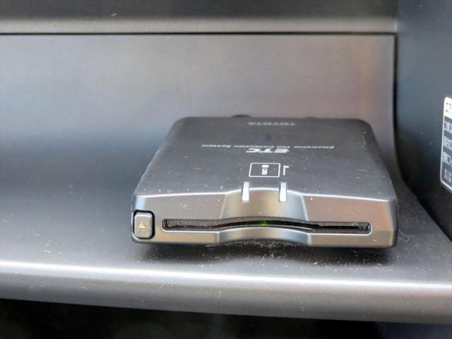 トヨタ パッソ G Fパッケージ DVDナビ CD DVD ETC装備