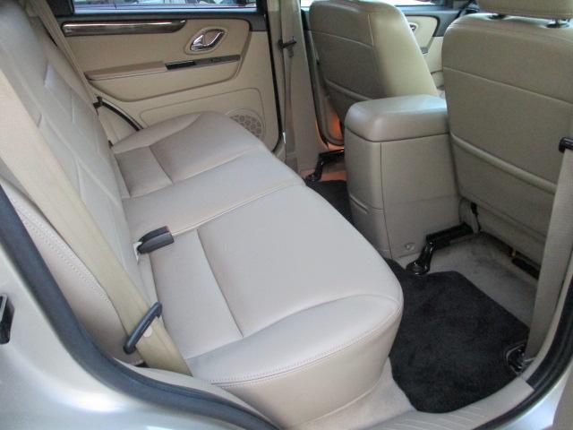 フォード フォード エスケープ リミテッド 外HDDナビ Bカメ SR 革シート 外16AW