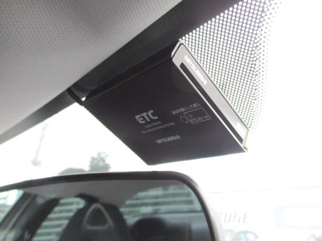 ETCが装備されておりますので高速の料金所もスムーズに通過出来ます♪