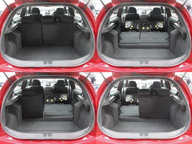 ラゲッジスペースは後部座席を倒すと更に広々とした収納スペースが確保出来ます♪好みの用途に応じてシートアレンジをして下さい♪取り外し可能なトノカバーも装備されております♪