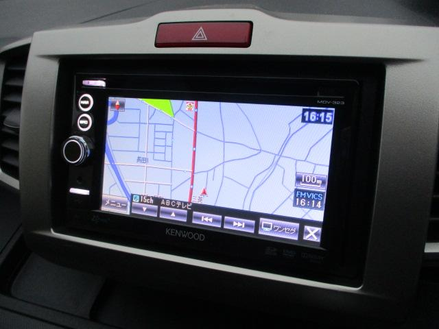 純正ナビが装備されております♪画面もクリアで見やすく運転中も確認しやすいです♪ワンセグTVの視聴もお楽しみ頂けます♪ロングドライブの時でも快適にドライブをお楽しみ頂けます♪