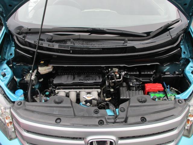 記録簿5枚(R1.H29.27.26.24年)♪エンジンルームは当店にてクリーニング済み♪エンジンは吹け上がりも良く変速スムーズです♪タイミングチェーン採用ですので交換の心配もございません♪