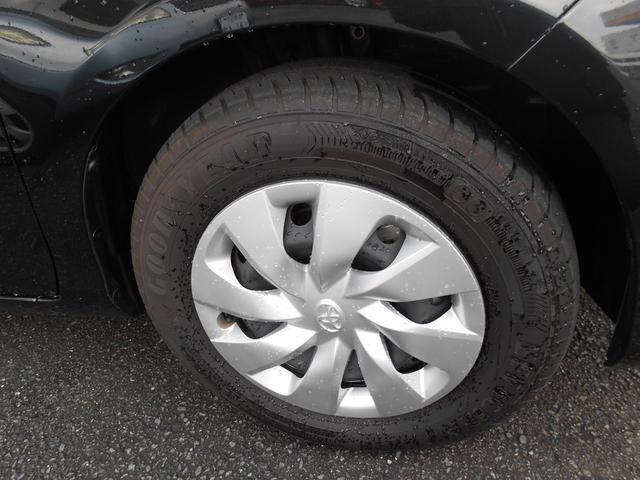タイヤサイズ175-70R14スチールホイルです。