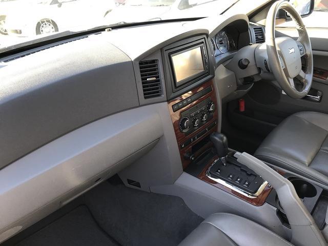 リミテッド ワンオーナー 4WD 皮パワーシート シートヒータ 純正ナビ ETC 障害物センサー(21枚目)