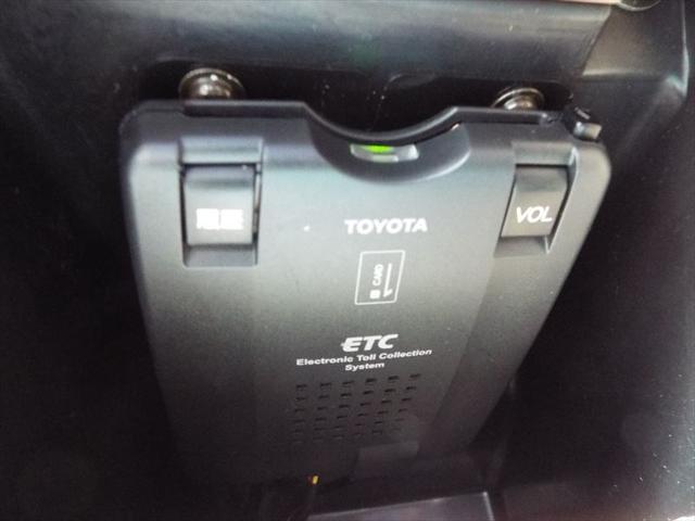 フォルクスワーゲン VW パサートワゴン 左H 4WD ETC 17AW ベージュレザーシートヒーター