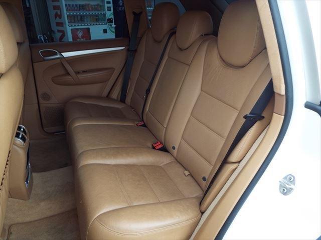 ターボ ティプトロニックS 4WD サンルーフ 茶革 外ナビTV シートヒーター 18インチAW バックカメラ ETC(13枚目)
